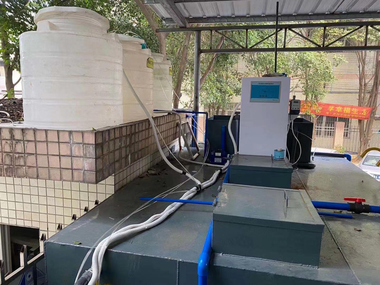 四川养鸡废水日处理30方英清环保一体化设备