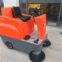 驾驶式扫地机工厂物业电动道路吸尘清扫车